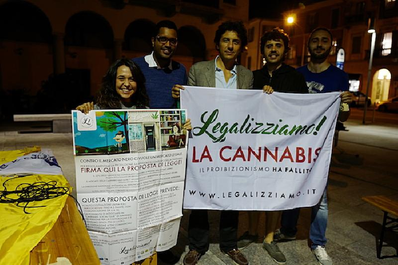 images/galleries/Cannabis-libera.jpg