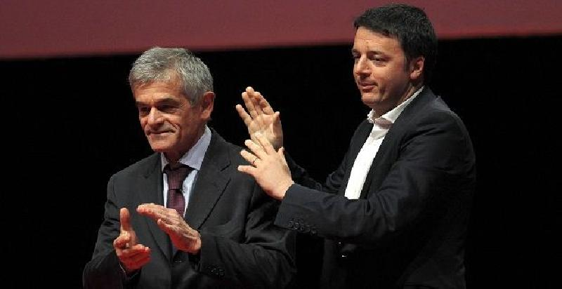 Renzi-Chiamparino-applausi.jpg