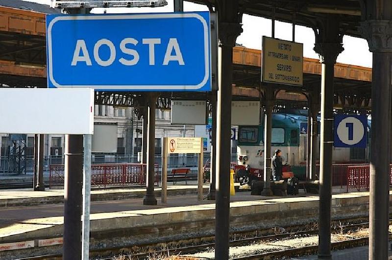 In piemonte 33mila scendono dal treno lospiffero com - Orari treni porta nuova torino ...