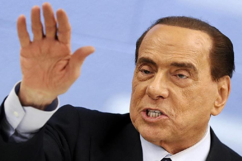 images/galleries/berlusconi-mano.jpg