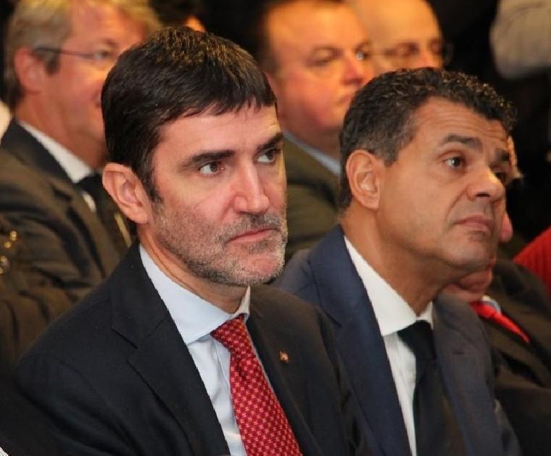 Dalla regione al parlamento il pd chiede tre eccezioni for Oggi al parlamento