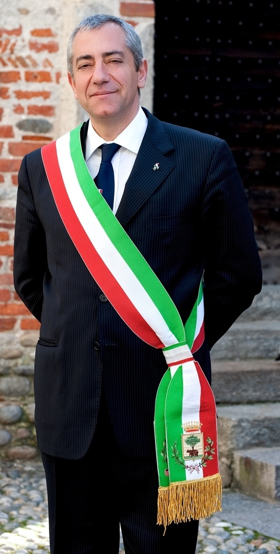 images/galleries/gentile-sindaco-biella.jpg