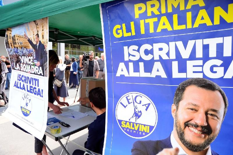 images/galleries/lega-gazebo-salvini-7754.jpg