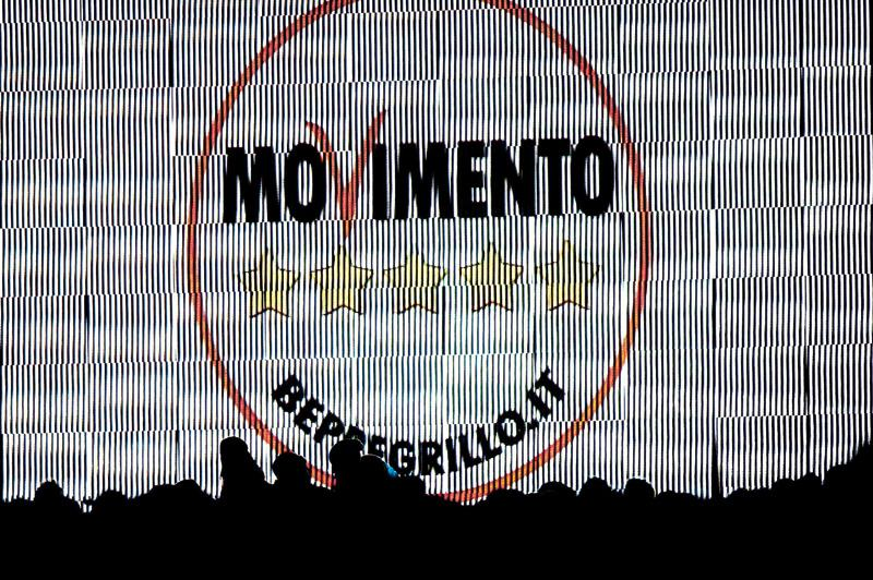 images/galleries/m5s-schermo-ombre.jpg