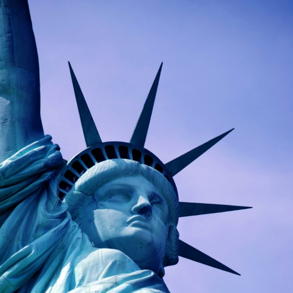 http://www.lospiffero.com/images/galleries/statua-liberta.jpg